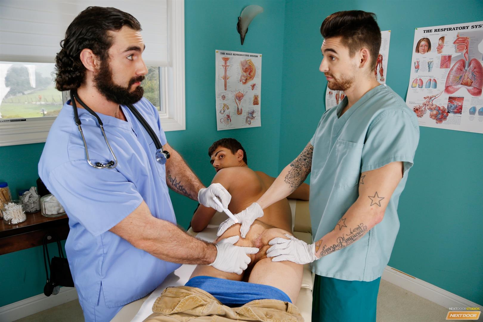 Next-Door-Twink-Johnny-Torque-and-Kevin-Summers-and-Jaxton-Wheeler-Amateur-Gay-Porn-03 Twink Kevin Summers Visits His Doctor & Gets Fucked In The Ass